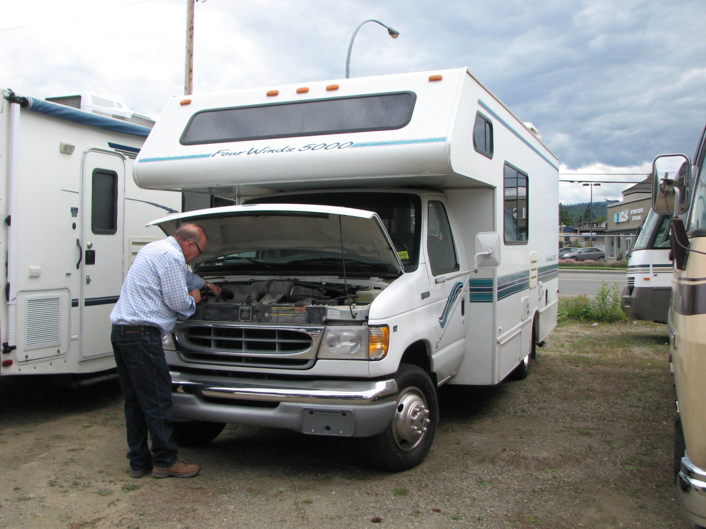 how to buy an rv if your budget is low buying a used rv check under the hood