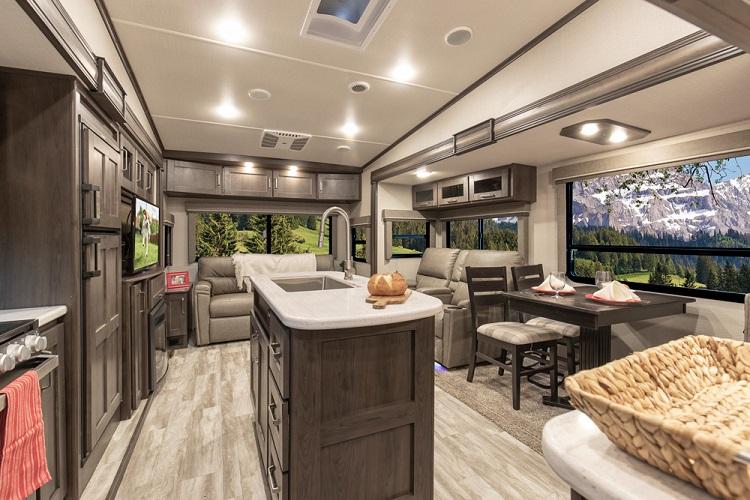 Grand Design RV Fifth Wheeler